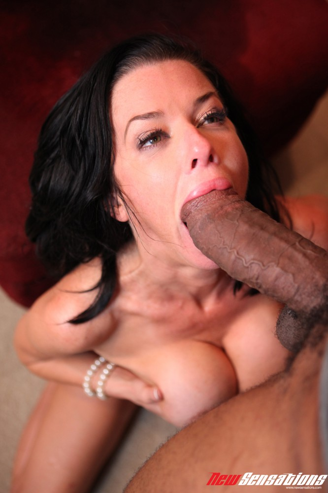 Euro milf veronica avluv jizzed in mouth in front of hubby