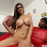 http://blackedgirls.com/wp-content/gallery/000061_mia_khalifa_chokes_on_black_dick/mk13777165.jpg